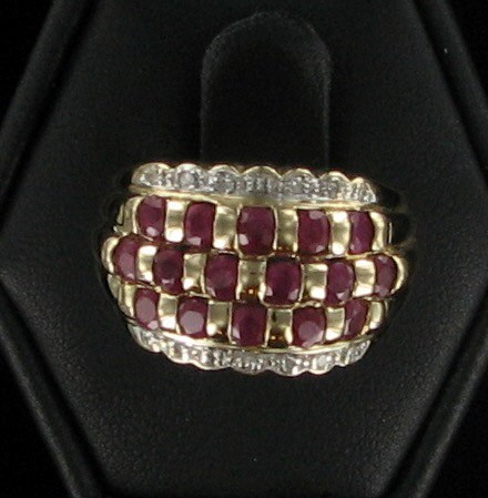 Red Stone Lady's Stone & Diamond Ring 15 Diamonds .15 Carat T.W.