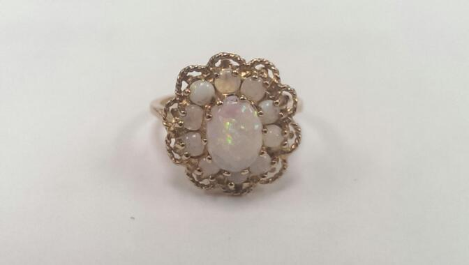Synthetic Opal Lady's Stone Ring 10K Yellow Gold 3.5g Size:5.5