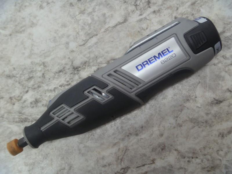 DREMEL MOTOTOOL/DREMEL 8220