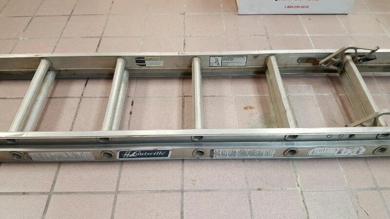 LOUISVILLE LADDER Ladder 8 FT LADDER