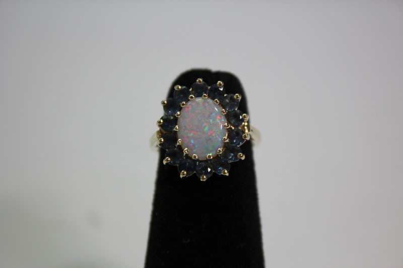 Opal Lady's Stone Ring 14K Yellow Gold 5g Size:3.5