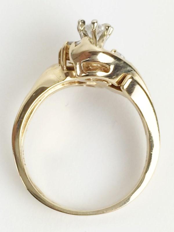 Diamond Wedding Set w 18 Diamonds .89 Carat T.W. 14K Yellow Gold 7.74g