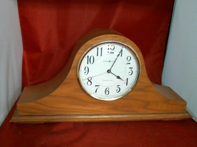 HOWARD MILLER Clock 635-100
