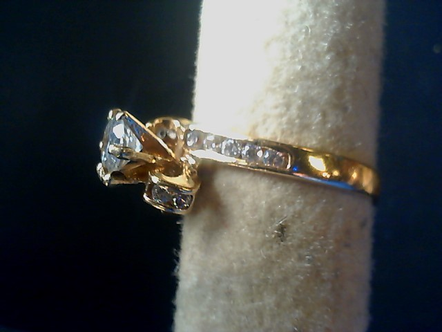 Synthetic Cubic Zirconia Lady's Stone Ring 10K Yellow Gold 3.9g