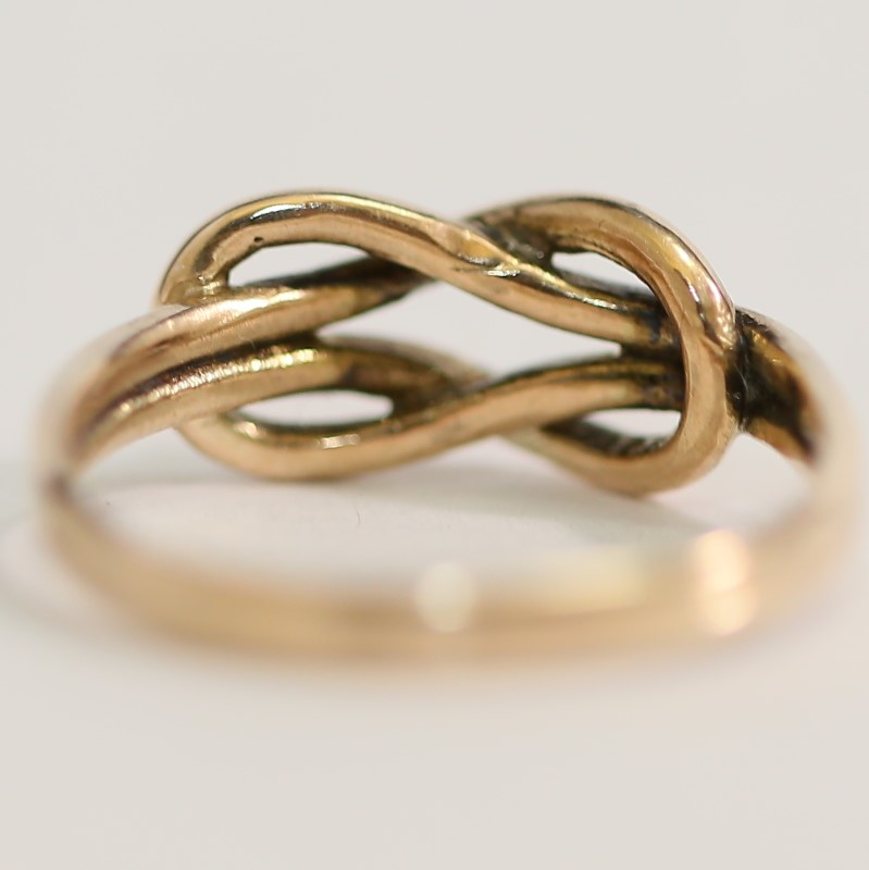 9K Yellow Gold Twisted Knot Ring Size 6.5