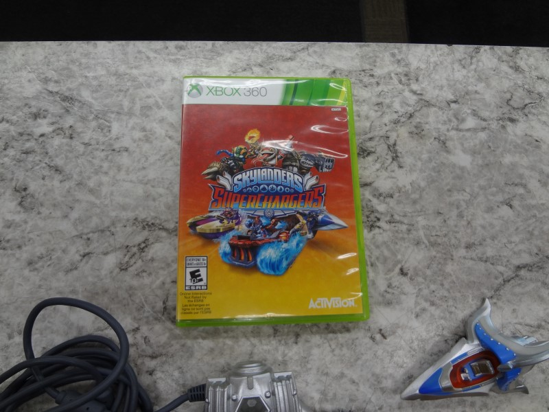 SKYLANDERS SUPERCHARGERS - XBOX 360 PORTAL, GAME DISC, 2 VEHICLES, AND 5 FIGURES