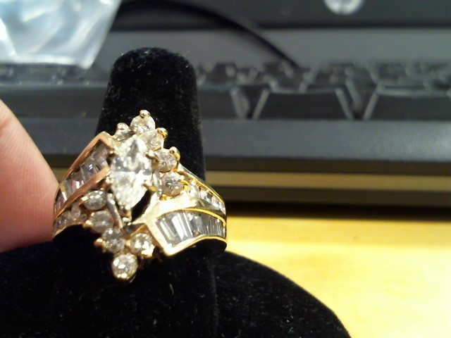 Lady's Diamond Fashion Ring 27 Diamonds 1.64 Carat T.W. 14K Yellow Gold 8.1g