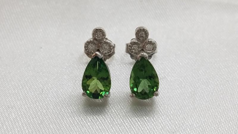 Peridot Gold-Diamond & Stone Earrings 6 Diamonds .06 Carat T.W. 14K White Gold