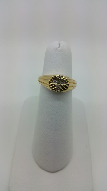 DIAMOND Gent's Diamond Fashion Ring 6 Diamonds .12 Carat T.W. 10K Yellow Gold