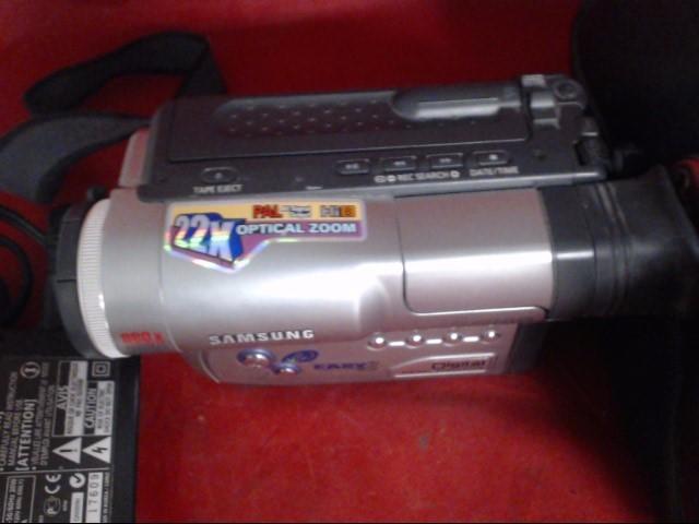 SAMSUNG Camcorder SCW71