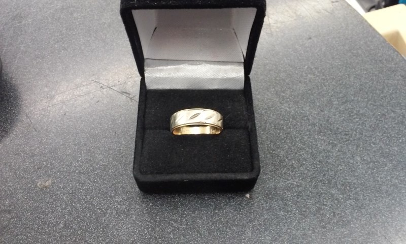 Gent's Gold Ring 10K Yellow Gold 4.8g Size:7