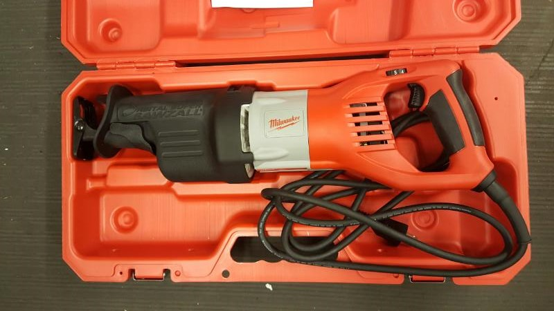 MILWAUKEE 6538-21 15.0 Amp Super Sawzall® Reciprocating Saw