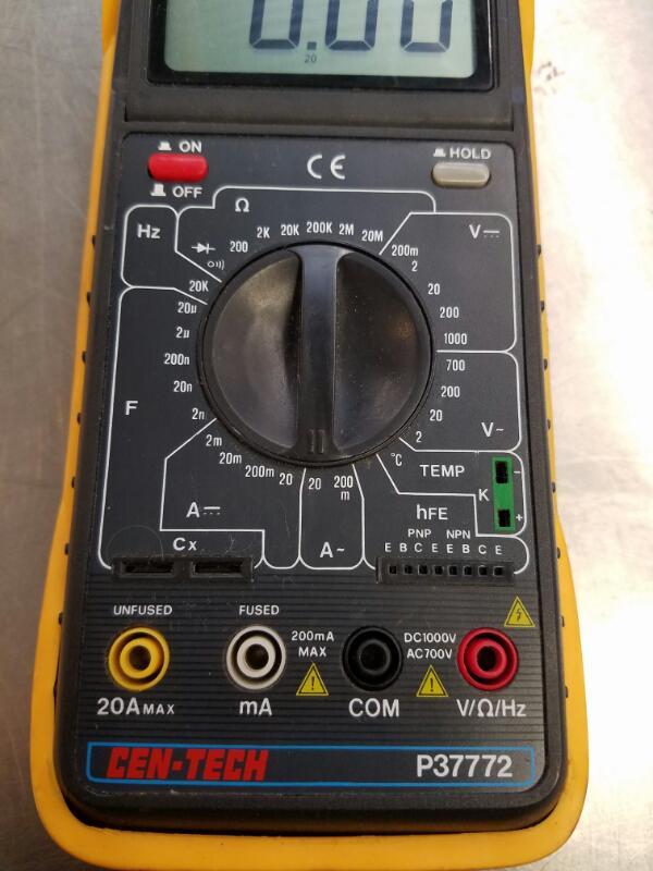CEN-TECH Multimeter P37772
