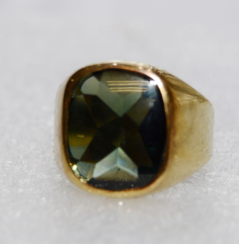 Men's 14K Yellow Gold Full Bezel Flush Set Large Green Tourmaline Ring Size 10