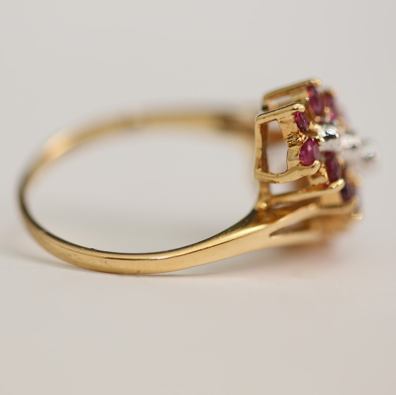 14K Yellow Gold Round Cut Ruby and Diamond Cluster Ring Size 6