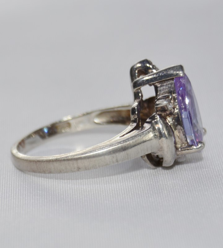 Sterling Silver Purple Pear Tear Drop Ring Size 7