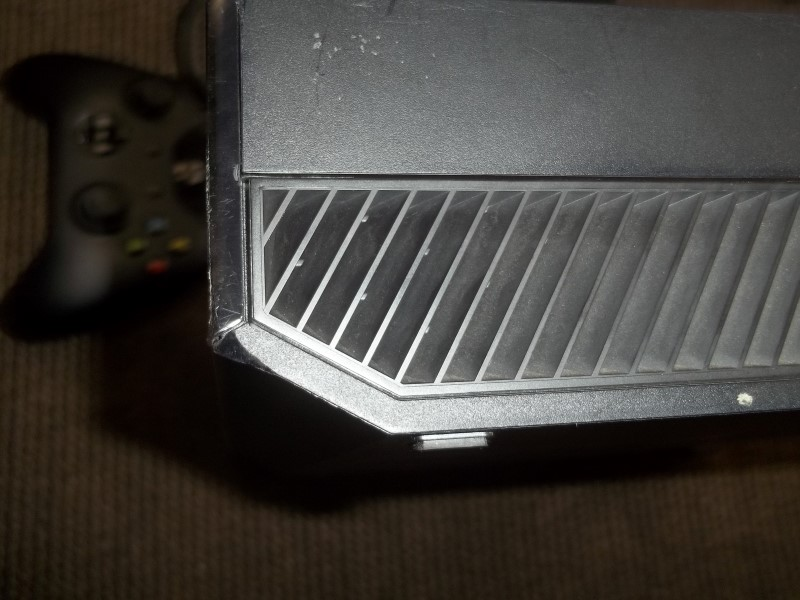 MICROSOFT XBOX ONE - AS IS - FACE PLATE RIBBON CABLE BROKEN, BUTTONS DON'T WORK
