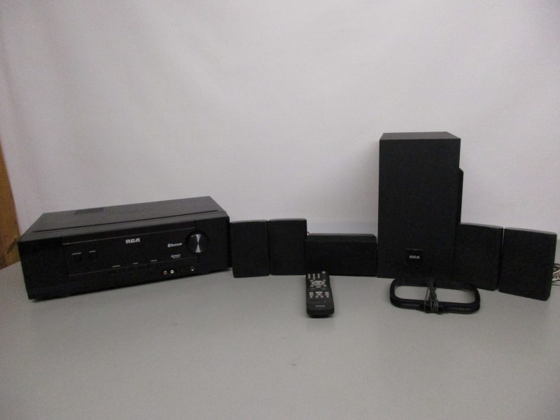 RCA RT2781BE 5.1 HOME THEATER SYSTEM