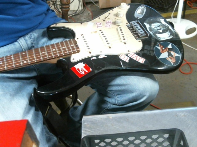 PEAVEY Electric Guitar RAPTOR 1