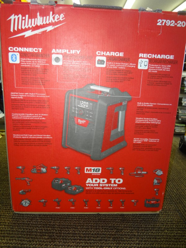 MILWAUKEE M18 JOBSITE Radio/Charger 2792-20
