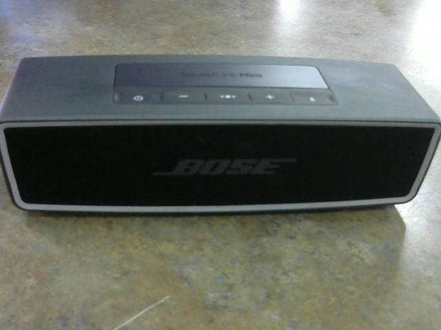BOSE Speakers/Subwoofer SOUNDLINK MINI II