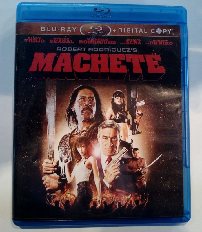 BLU-RAY MOVIE MACHETE