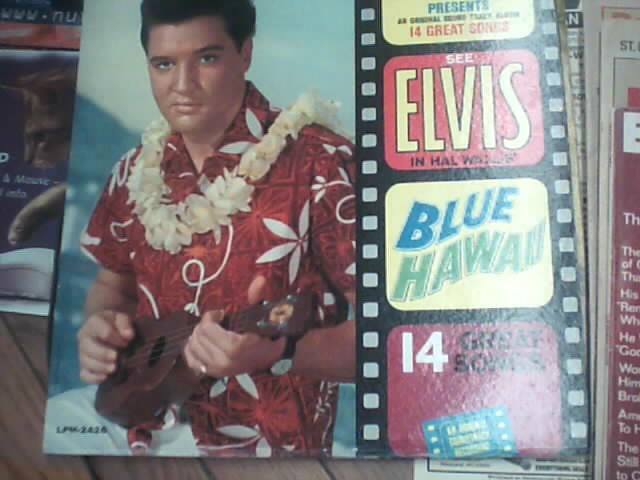 RCA Entertainment Memorabilia ELVIS BLUE HAWAII ALBUM