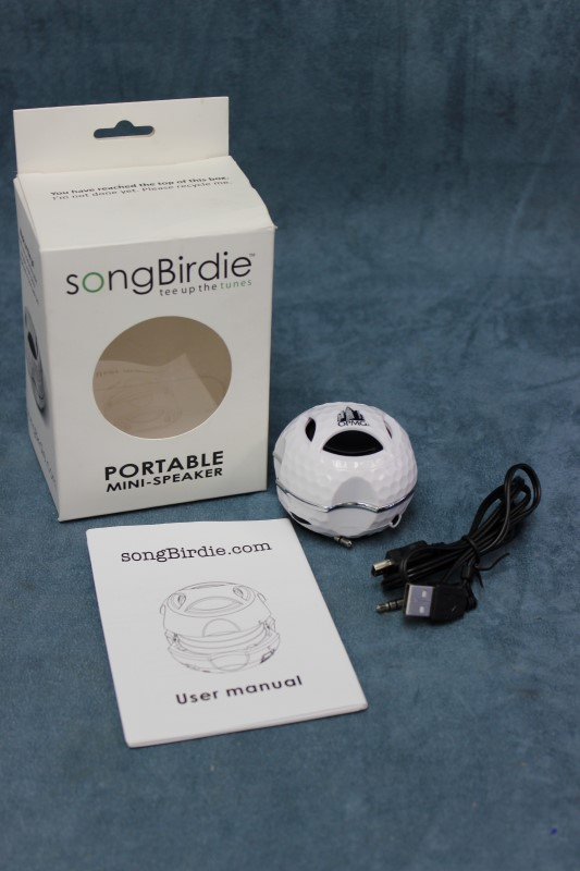 Songbirdie Portable Mini-Speaker - White