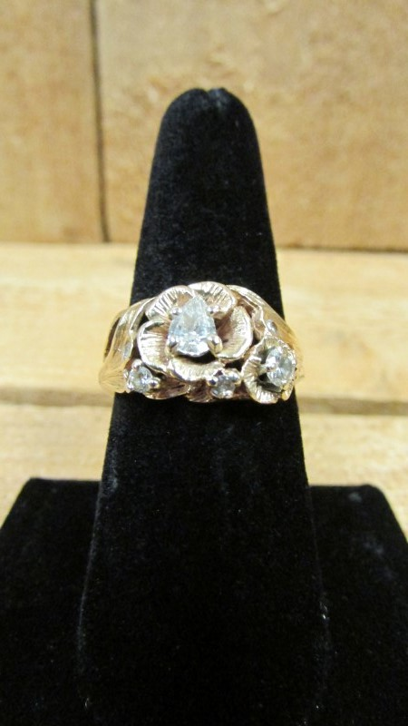Lady's Diamond Fashion Ring 6 Diamonds .59 Carat T.W. 14K Yellow Gold 6.5g