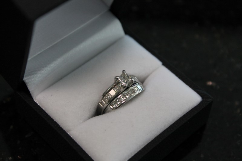 Lady's Platinum 3/8 CT Princess Cut Diamond Wedding Set 999