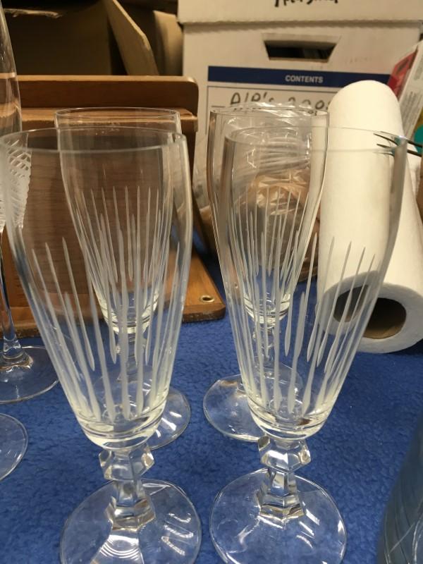 CRYSTAL WINE GLASS/GOBLETS