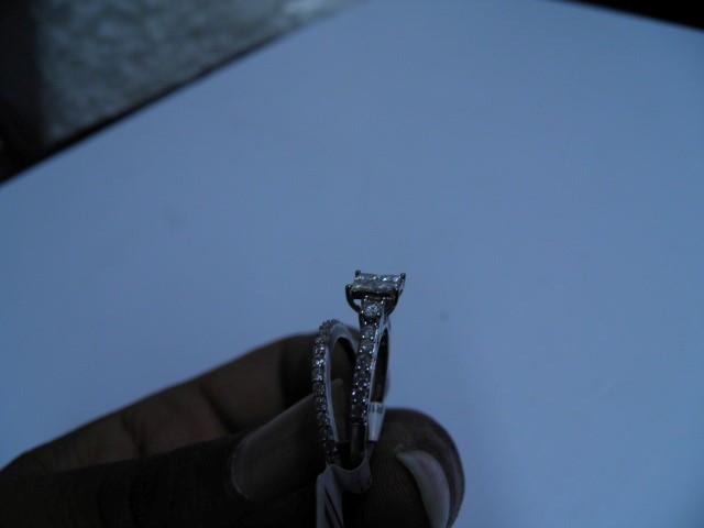 Lady's Diamond Wedding Set 18 Diamonds .86 Carat T.W. 14K White Gold 1.7g