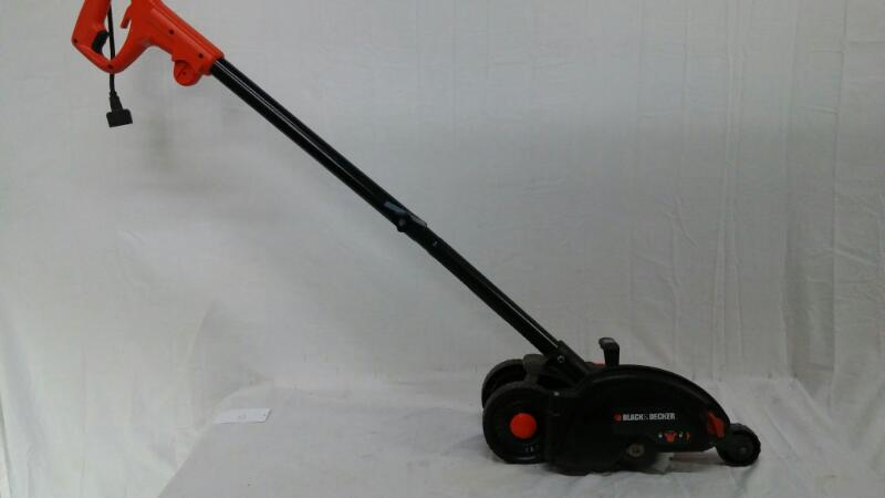 BLACK&DECKER Lawn Edger EDGEHOG LE750