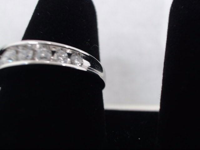 Lady's Diamond Cluster Ring 9 Diamonds .94 Carat T.W. 14K White Gold 3.9g