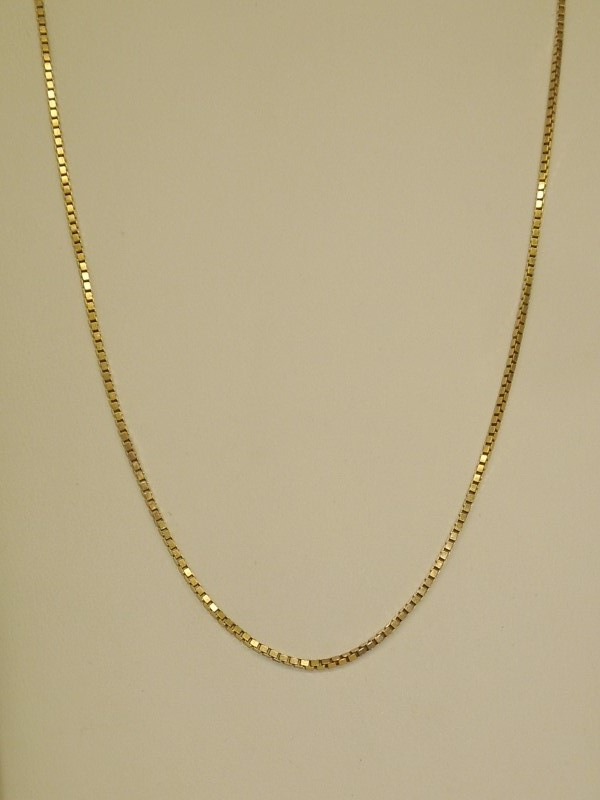 "18"" Gold Box Chain 14K Yellow Gold 4.3g"
