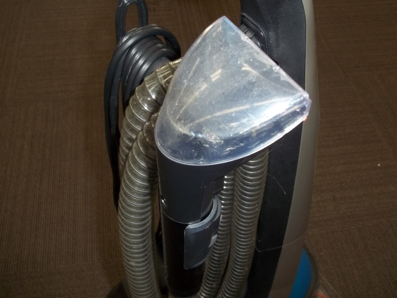 BISSELL CARPET CLEANER 80R4