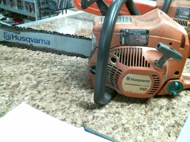 HUSQVARNA Chainsaw 142