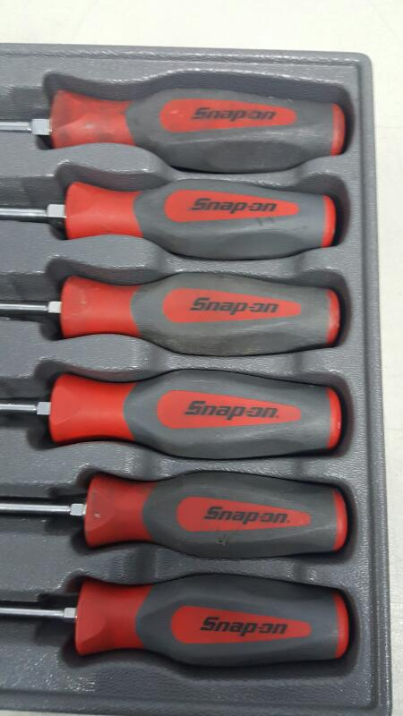 Snap-On SHDX80R, 8pc Screwdriver Set Red Hard Grip Instinct Handle