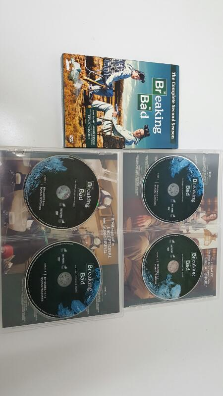 Breaking Bad - The Complete Second Season (DVD SET, 2010)