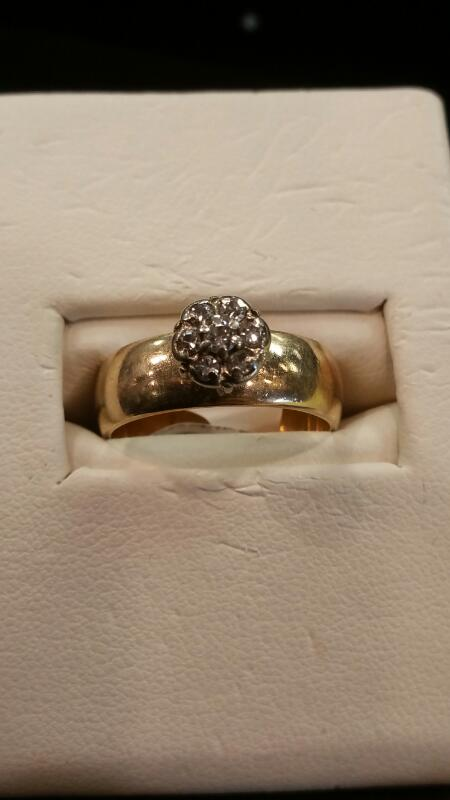 Lady's Gold Ring 14K Yellow Gold 3.1dwt