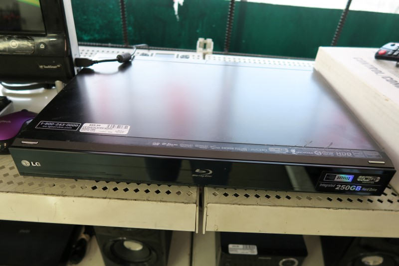 LG Blu-Ray 250GB Player BD590