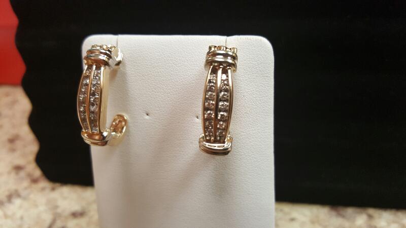 Gold-Diamond Earrings 28 Diamonds .84 Carat T.W. 10K Yellow Gold 6.5dwt