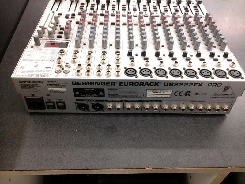 BEHRINGER Equalizer EURORACK UB222FX-PRO