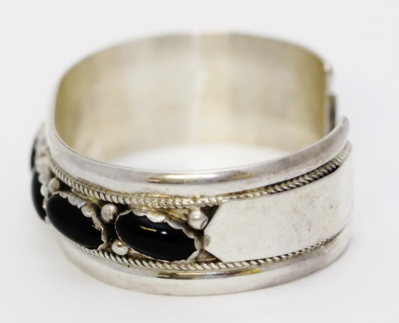 Sterling Silver Full Bezel Set Oval Black Onyx Rope Detail Cuff Bracelet