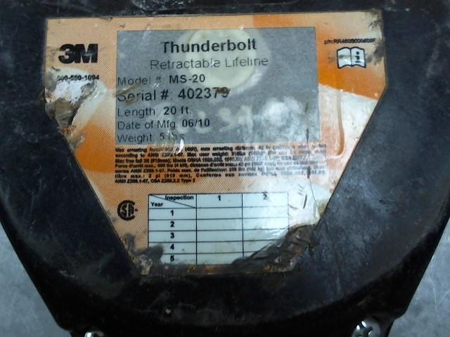 THUNDERBOLT RETRACTABLE LIFELINE Hand Tool RETRACTABLE LIFELINE