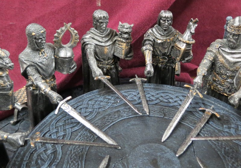 """12 Knights of the Round Table, King Arthur, Throne, Stools, Swords - 6"""" Knights"""
