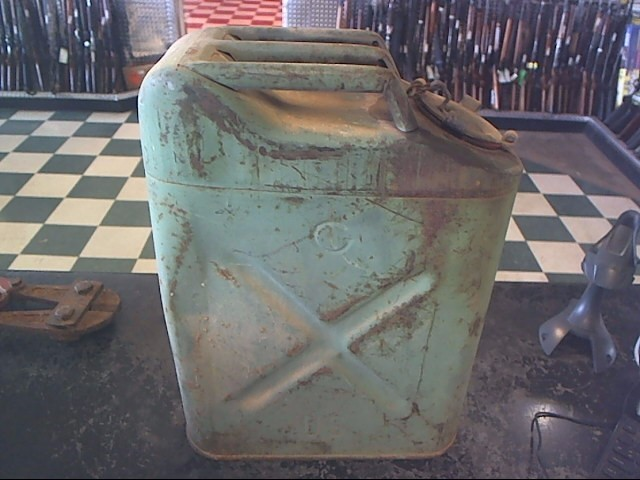 VINTAGE USMC GAS CAN