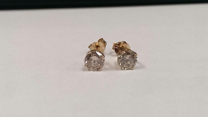Gold-Diamond Earrings 2 Diamonds .50 Carat T.W. 14K Yellow Gold 0.8g