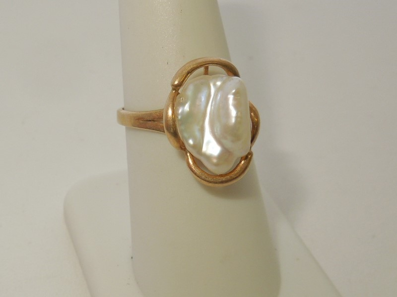 Pearl Lady's Stone Ring 14K Yellow Gold 3.1g Size:7