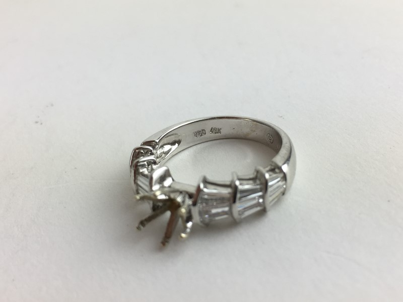 Semi Mount with 18 Diamonds 1.80 Carat T.W. 18K White Gold 4.4g